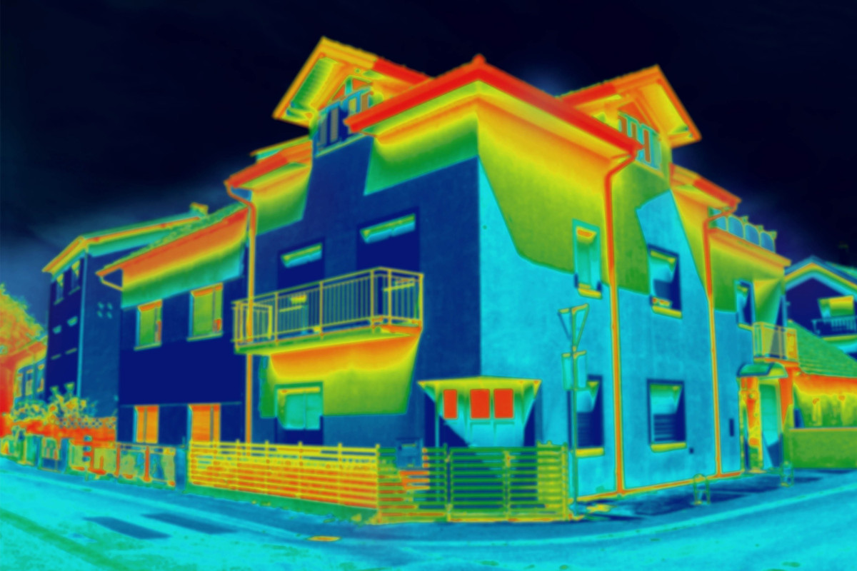 Thermovision image of two-story houses in a neighborhood